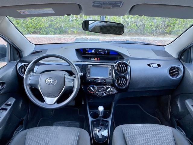 Toyota Etios Sedan 1.5 Aut. 2018 EXTRA!!! - Foto 8