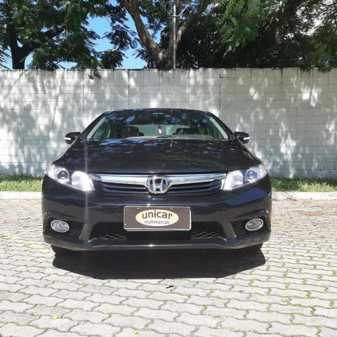 Civic Sedan LXS 1.8 1.8 Flex 16V Aut. 4p - Foto 2