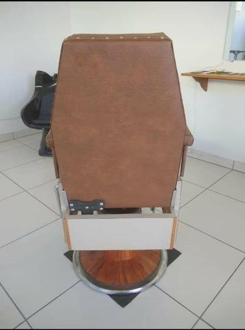 Cadeira de Barbeiro Ferrante anos 60 - Foto 2