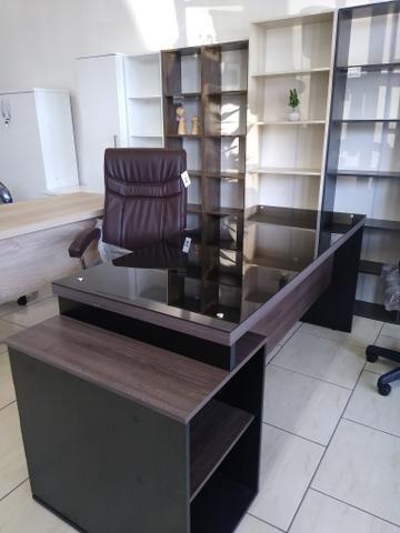 Mesa escritório tampo de vidro 1,70 nova - Foto 3