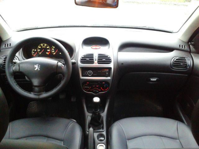 Peugeot 206 1.4 8v completo - vist 2020 - Foto 4