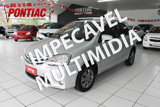 Toyota Etios HB XS 1.5 2015
