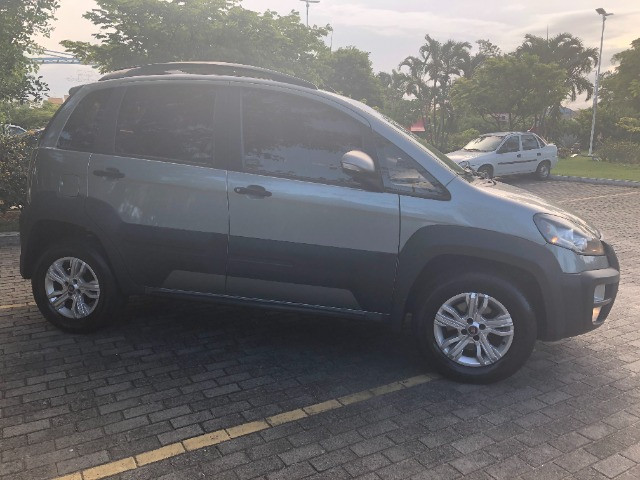 Fiat Idea Adventure Automático 2015/2015 C/ Multimídia Apenas 65 Mil KM Rodados - Foto 4