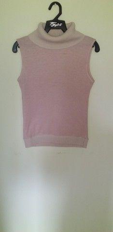 32 Camisa rosa gola alta A.K Tam M