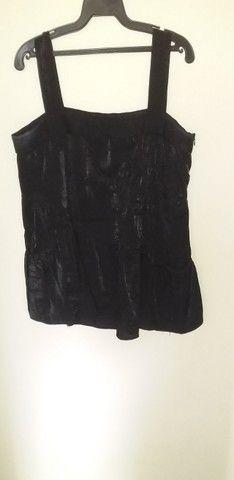 1 Camisa young connection preta nº42 com bolsos nas laterais