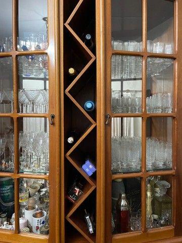 Cristaleira de Madeira  - Foto 3