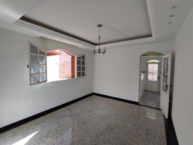 Casa á venda, 04 quartos com suíte, Barreiro/MG - Foto 5