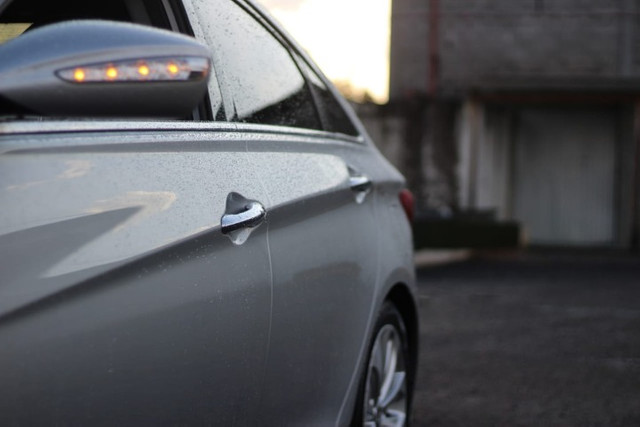 Hyundai  Sonata  70 Mil km / Mega Conservado  - Foto 14