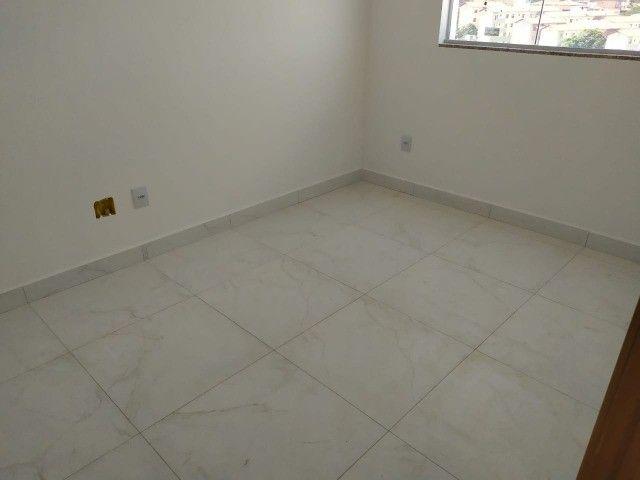 Apartamento 02 quartos ,01 vaga de garagem Copacabana ! - Foto 3