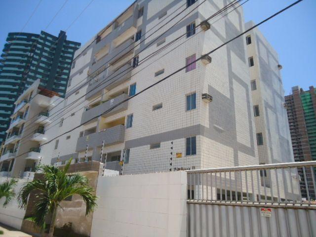 Partamento reformado no bairro do Aeroclube, Medindo 90m², contendo: 3 quartos, 1 suíte
