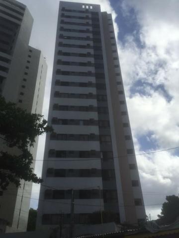 Apartamento nas Graças 2 qts sendo uma suite 2 vagas proximo a jaqueira