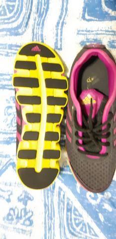 7dfbe9f30 Vendo tênis feminino usado adidas fitness - Roupas e calçados - Pres ...
