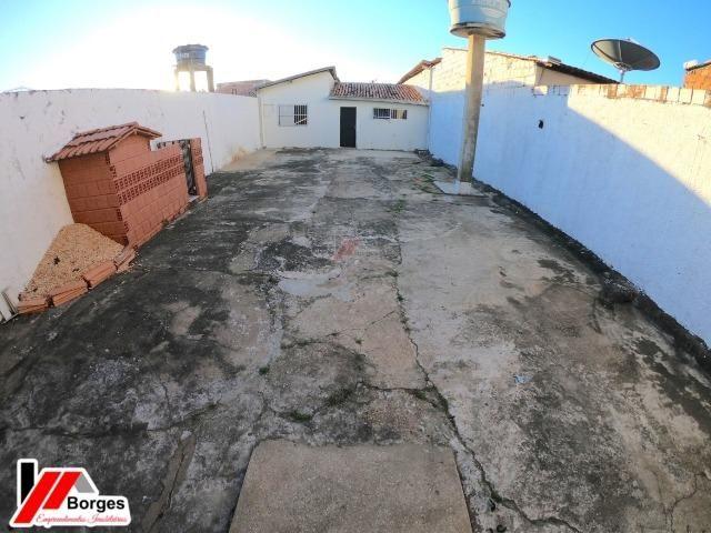 Casa com 03 Quartos na Rua Ruy Barbosa - Foto 4