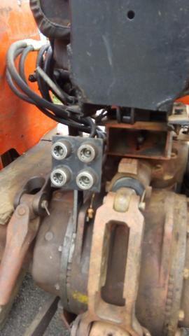 Trator agrícola MF 296 4x2 motor novo - Foto 2