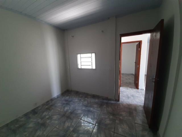 QC 01   Casa 2 Quartos   Quintal e 1 Vaga   Excelente Localização   Oportunidade - Foto 14