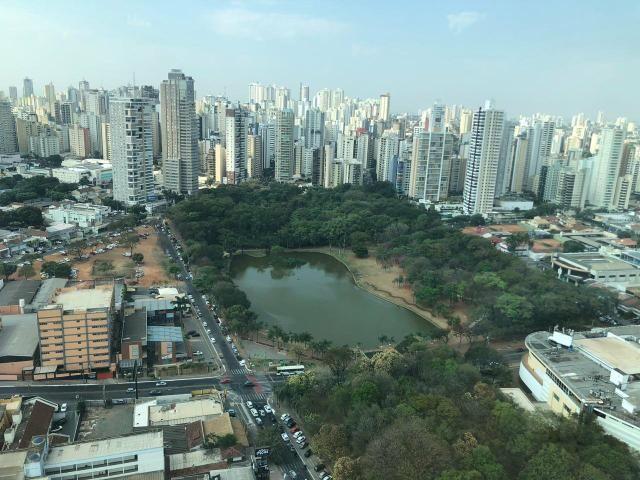 Apart 2 qts 1 suite mobiliado em frente vaca brava ao do Goiânia shopping lazer completo - Foto 4