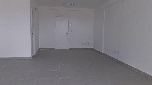 CÓD. 1045 - Alugue Sala Comercial com 54m² no Horizonte Jardins Offices - Foto 4