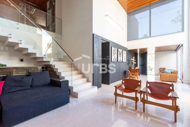 Moderno sobrado de luxo no Alphaville Araguaia, com 442 m² e 4 suítes, com lazer completo - Foto 6