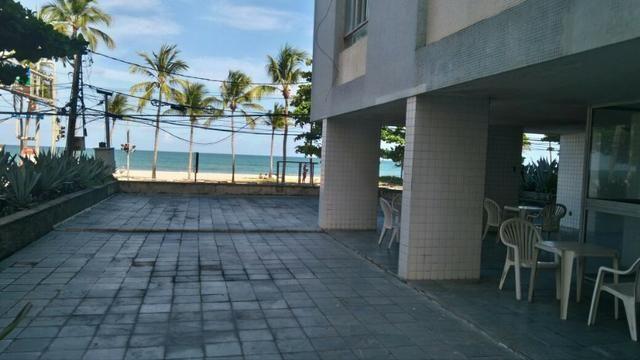 Excelente oportunidade de morar na praia de boa viagem. 3 quartos, completo