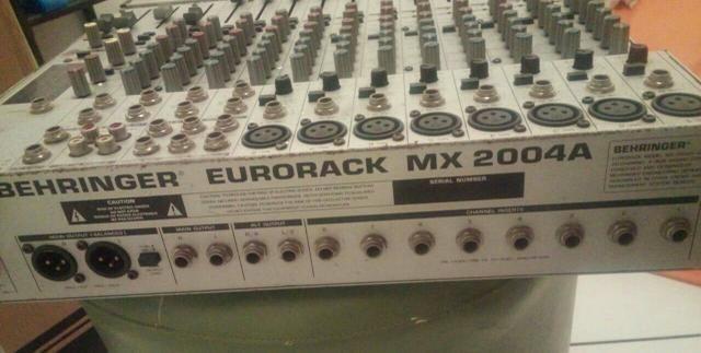 Mesa Behringer Eurorack MX 200 4A