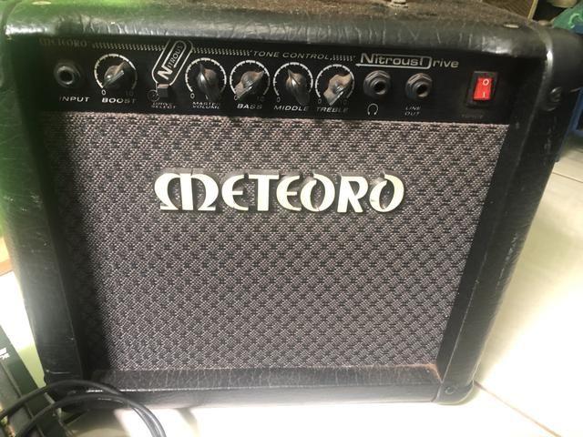 guitarra condor pedaleira line 6 cubo meteoro instrumentos