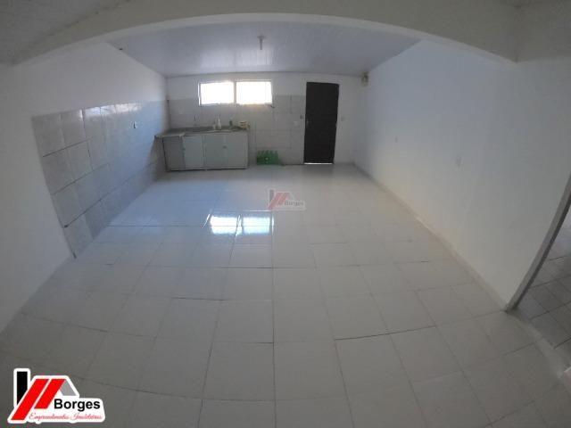 Casa com 03 Quartos na Rua Ruy Barbosa - Foto 8