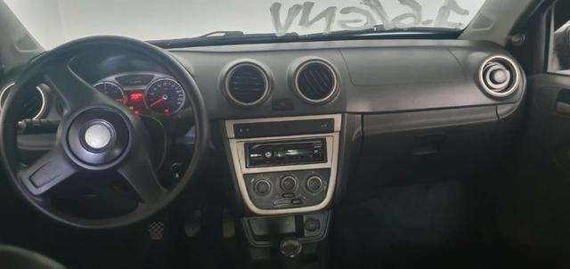 Volkswagem Voyage 1.6 Completo GNV - Foto 7