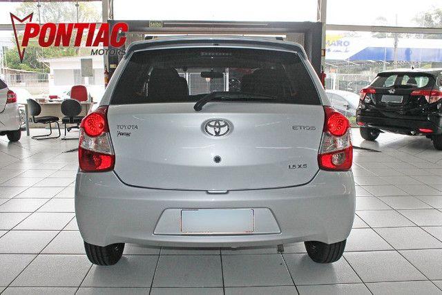 Toyota Etios HB XS 1.5 2015 - Foto 5