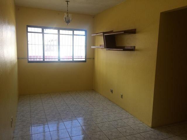 Apartamento com 3 dormitórios para alugar, 65 m² por R$ 1.050,00/mês - Damas - Fortaleza/C - Foto 2