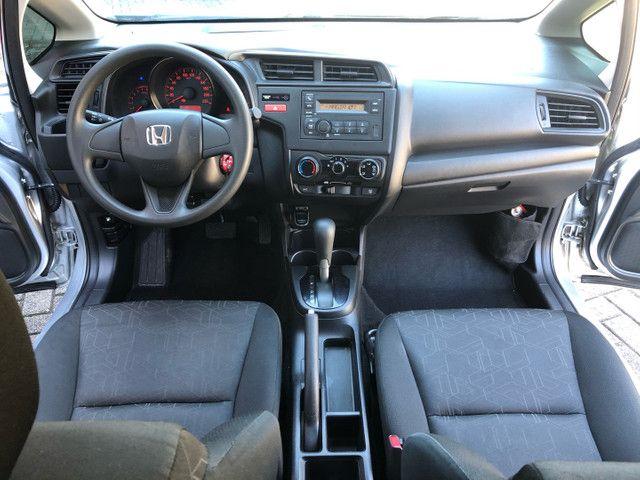 Honda New Fit 1.5 LX automático 2015 - Foto 8
