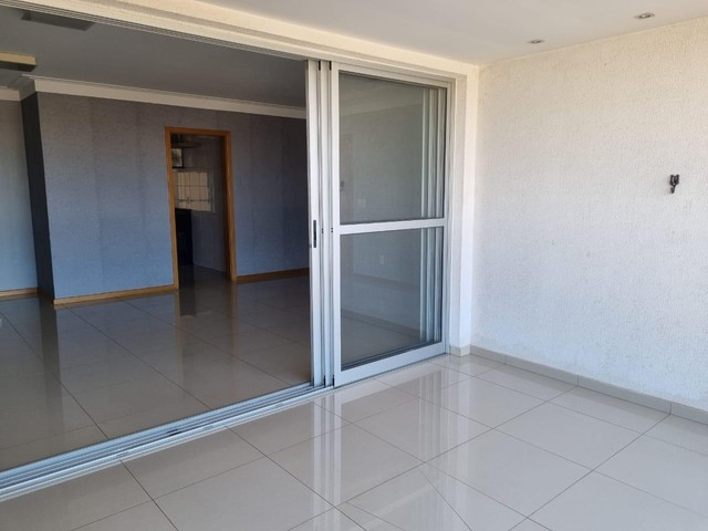 VENDE-SE excelente apartamento no edifício ARBORETTO na região do bairro GOIABEIRAS. - Foto 14