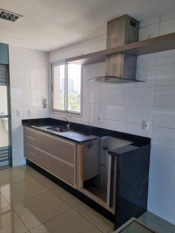VENDE-SE excelente apartamento no edifício ARBORETTO na região do bairro GOIABEIRAS. - Foto 8