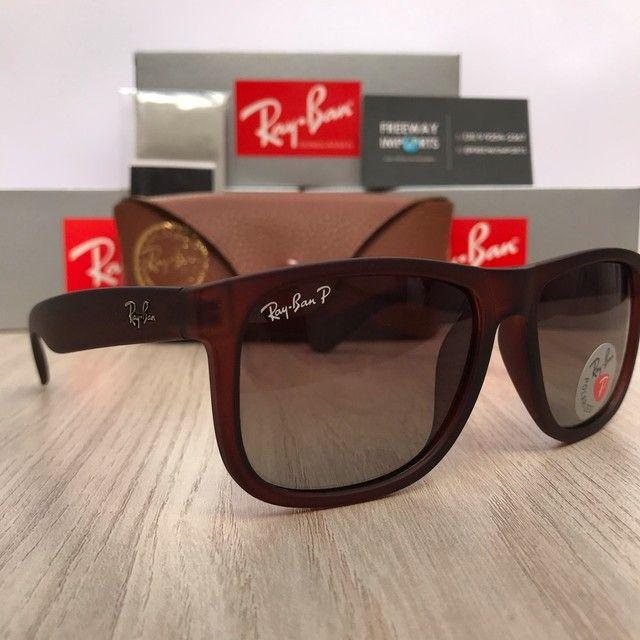 Óculos de sol Ray ban RB4165 marrom polarizado  - Foto 4