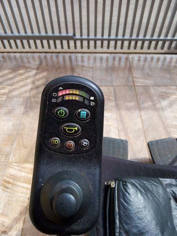 Cadeira de Rodas Confort Freedon - Foto 2