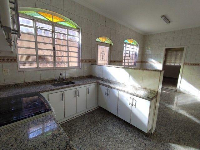 Casa á venda, 04 quartos com suíte, Barreiro/MG - Foto 19