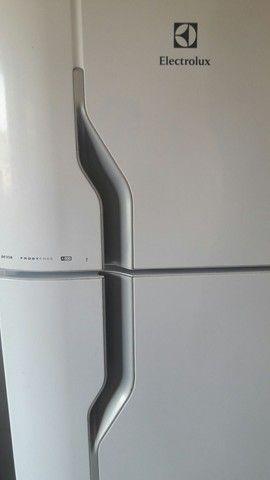 Vendo geladeira nova.