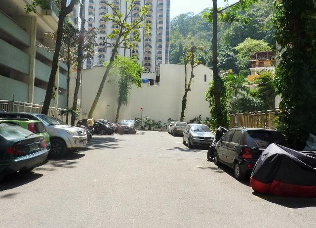 Apartamento semi mobiliado 02 quartos em Copacabana