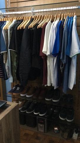 Vendo ou Troco Arara loja de roupa madeira e vidro (PROMOÇÃO) - Foto 3