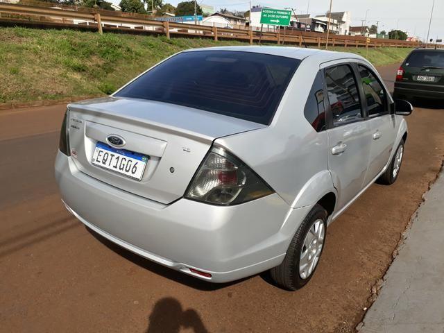 Fiesta Sedan 1.6 - Foto 4