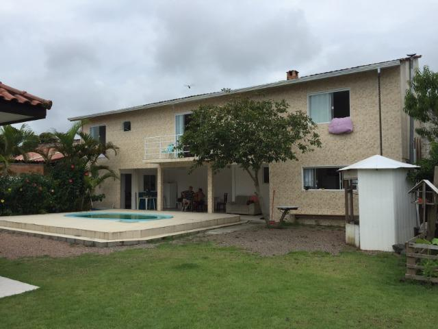 Linda Casa da Praia com Piscina 5 quartos em Itapoá- SC - Foto 4