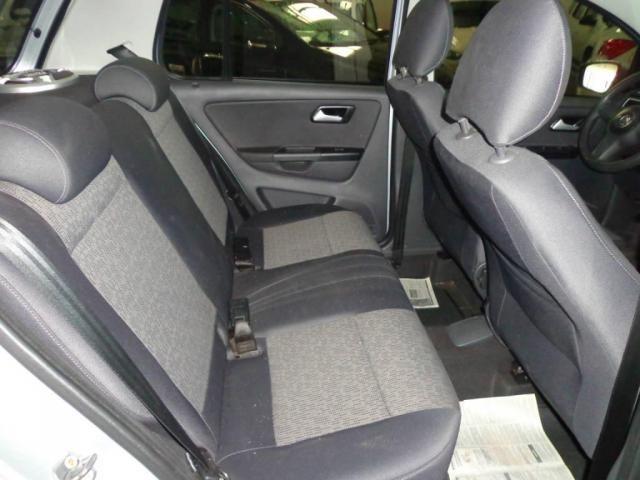 Volkswagen Fox 1.0 TREND GII - Foto 9