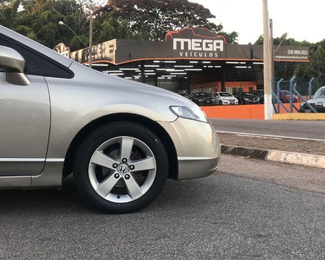 Honda Civic - 2007 1.8 lxs 16v gasolina 4p manual - Foto 5
