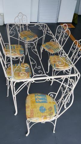 Mesa de jantar de ferro com 06 cadeiras - Foto 3