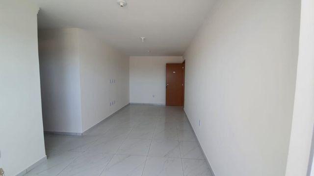 Apartamento com 66M², 2 quartos sendo 1 suíte e varanda - Foto 3