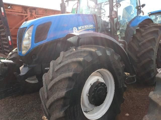 Trator New Holland Série T7 245 Ano 2015 - Foto 2