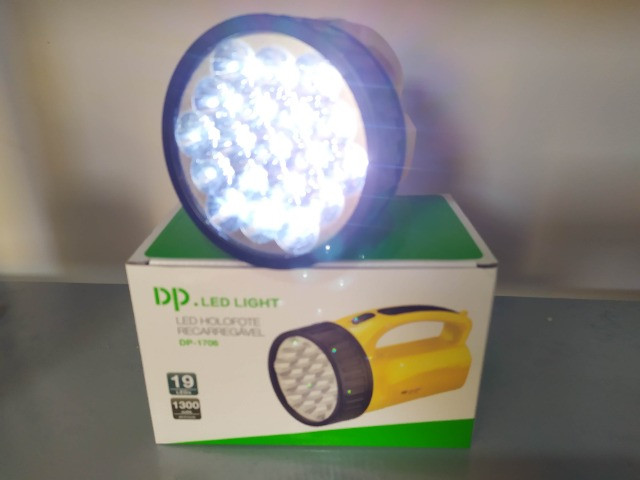 Lanterna Para Pesca - Potente - Foto 2
