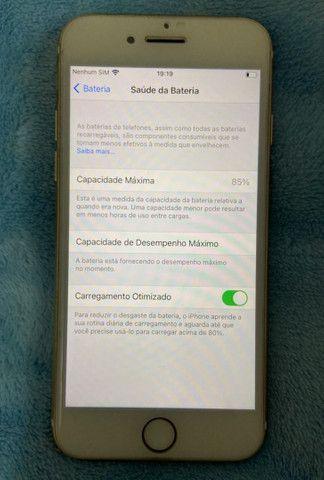 iPhone 7 dourado - Foto 4