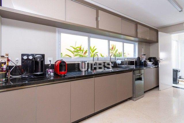Moderno sobrado de luxo no Alphaville Araguaia, com 442 m² e 4 suítes, com lazer completo - Foto 14