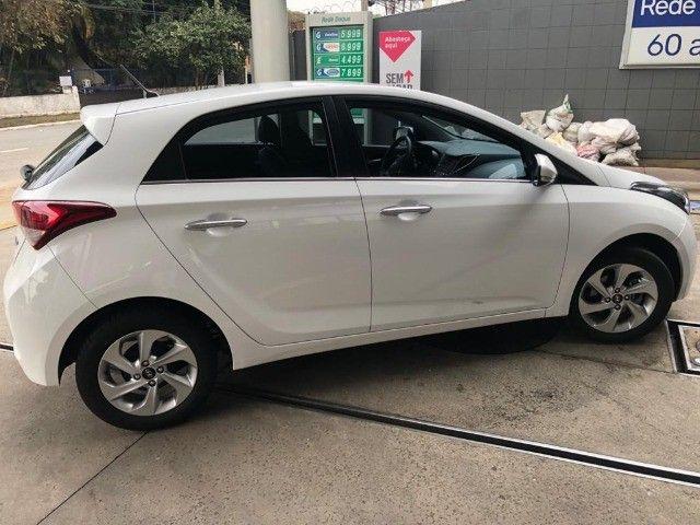Hyundai HB20 1.6 Premium 16v Flex 4P Automático 2017 - Foto 2