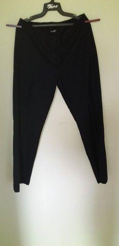 28 calça preta Fiori di Campi Tam M